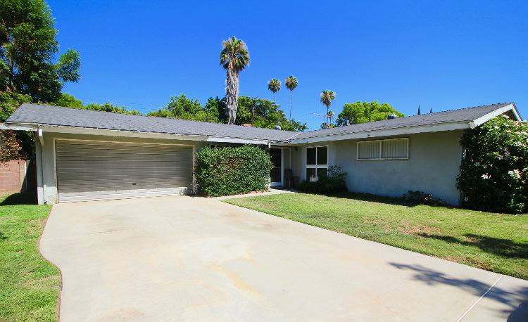 Open House: 7456 Sale Ave West Hills